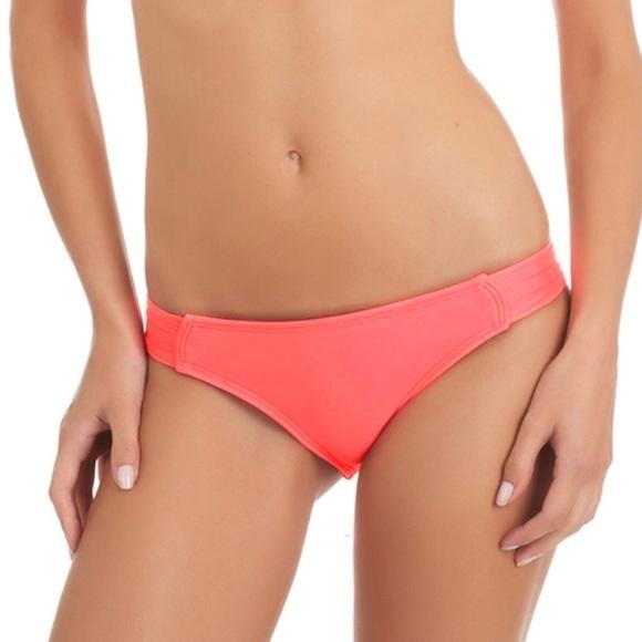 4067363715 Hurley Bikini Bottom brand new with tags Medium